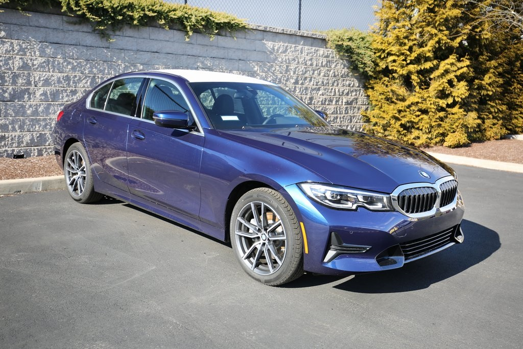 <center><b>New 2020 BMW 3 Series 330i xDrive</b></center>