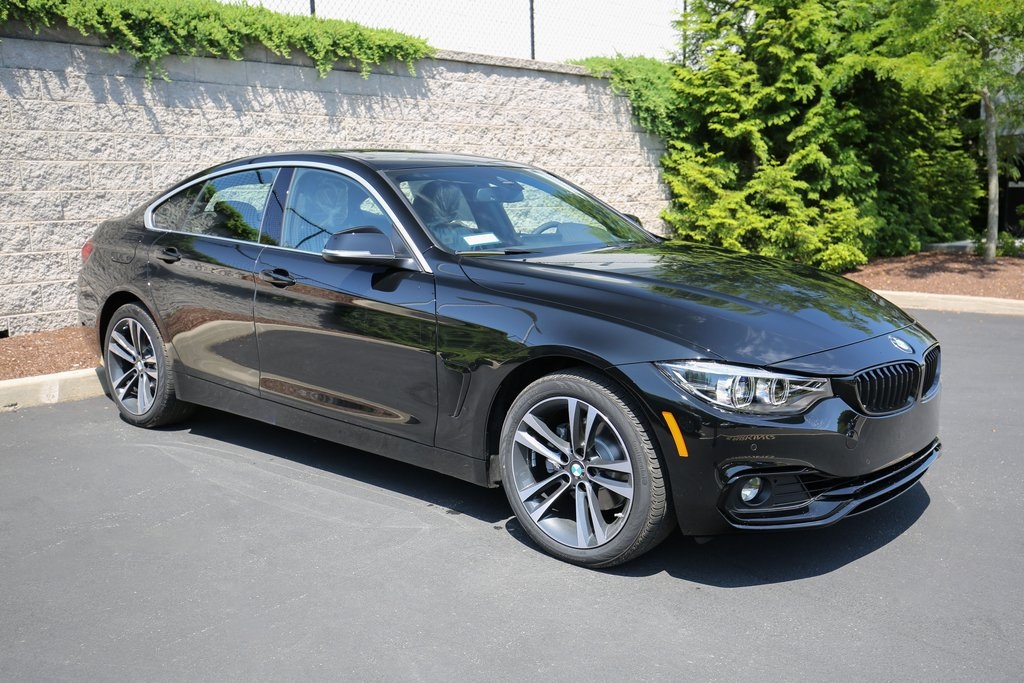 <center><b>New 2020 BMW 430i xDrive</b></center>