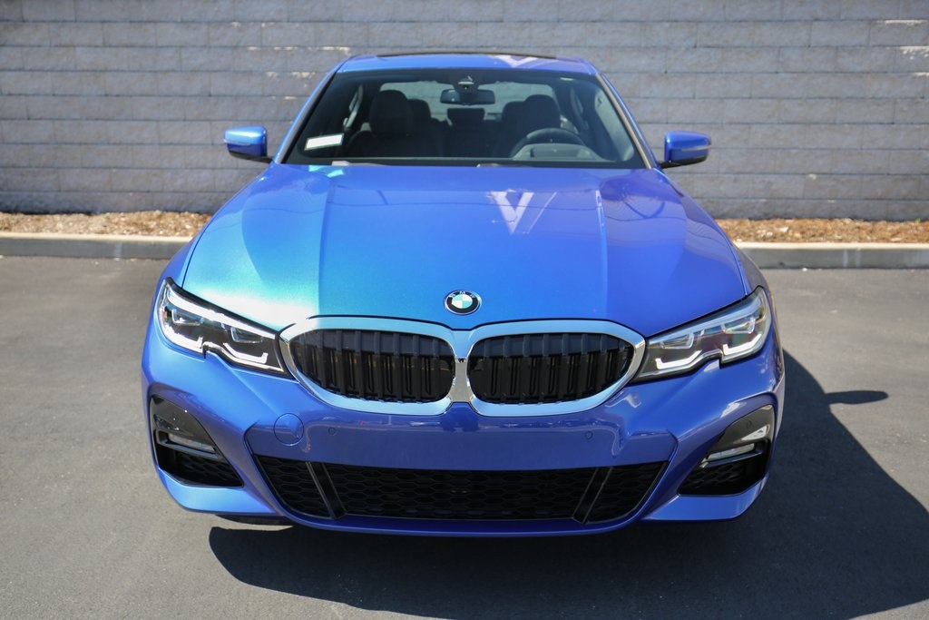 Pre-Owned 2019 BMW 330i xDrive
