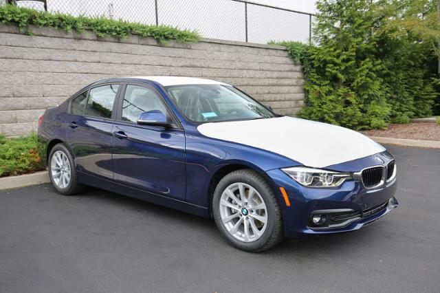 Pre-Owned 2018 BMW 320i xDrive 320i xDrive