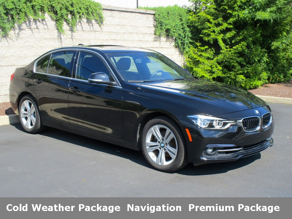 <center><b>Pre-Owned 2017 BMW 330i xDrive Sedan</b></center>