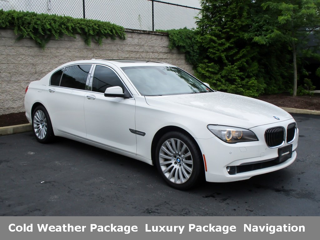 <center><b>Pre-Owned 2012 BMW 750Li xDrive AWD</b></center>